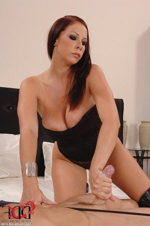 Anna-gaelle massage incall escorts Gatley
